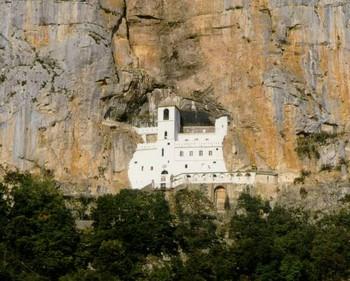 ostrog monastere montenegro