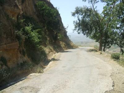Col surplombant Tadjena en allant vers le village de Moussadek