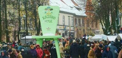 Kaziuko mugė : foire en l'honneur de Saint Casimir à Vilnius en Lituanie 1