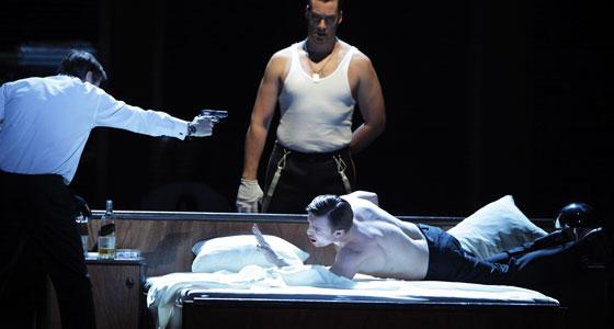 Eugen Onegin: Simon Keenlyside (Onegin), Ain Anger (Saretzki), Pavol Breslik (Lenski)