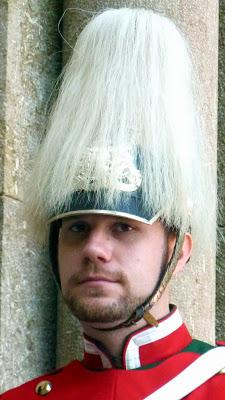casque des gardes lors de la commémoration de la mort de louis ii de bavière