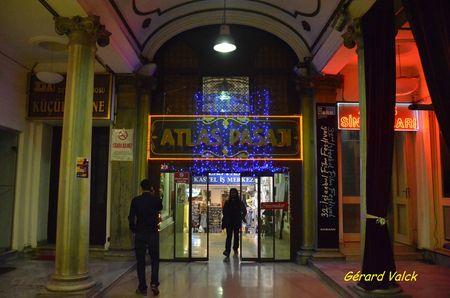17754ca466 84802367 p RETOUR A ISTANBUL