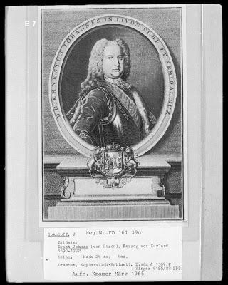 Début de la construction du château de Rundāle en Lettonie en 1736 3