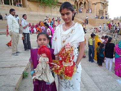 La fête de Gangaur à Jaisalmer en Inde 3
