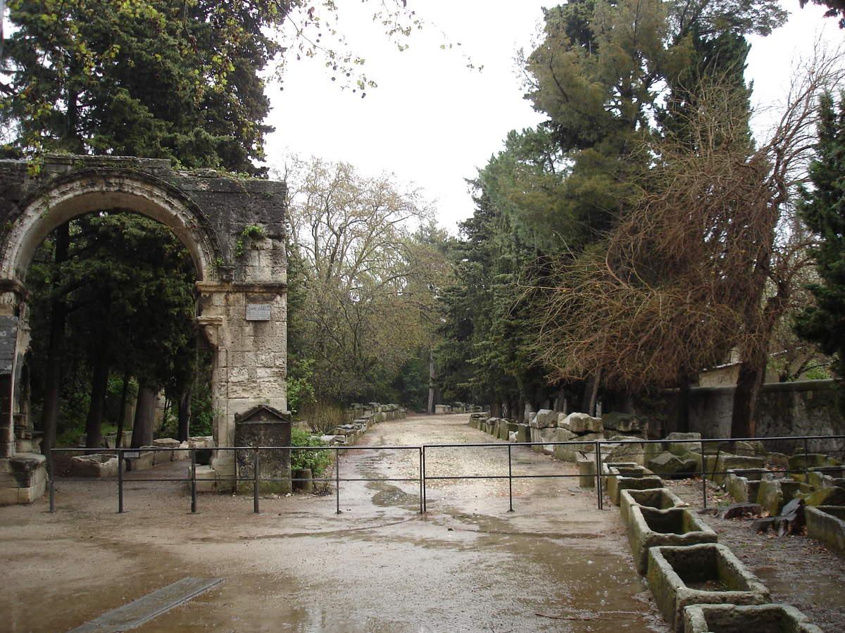 Arles ; ancienne colonie romaine au riche patrimoine historique en Provence 29