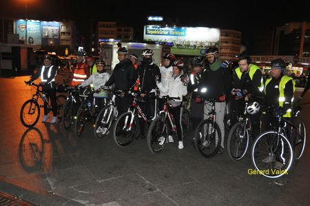 2f1ee 81249354 p DANS INSTANBUL, LE 20 NOVEMBRE 2012