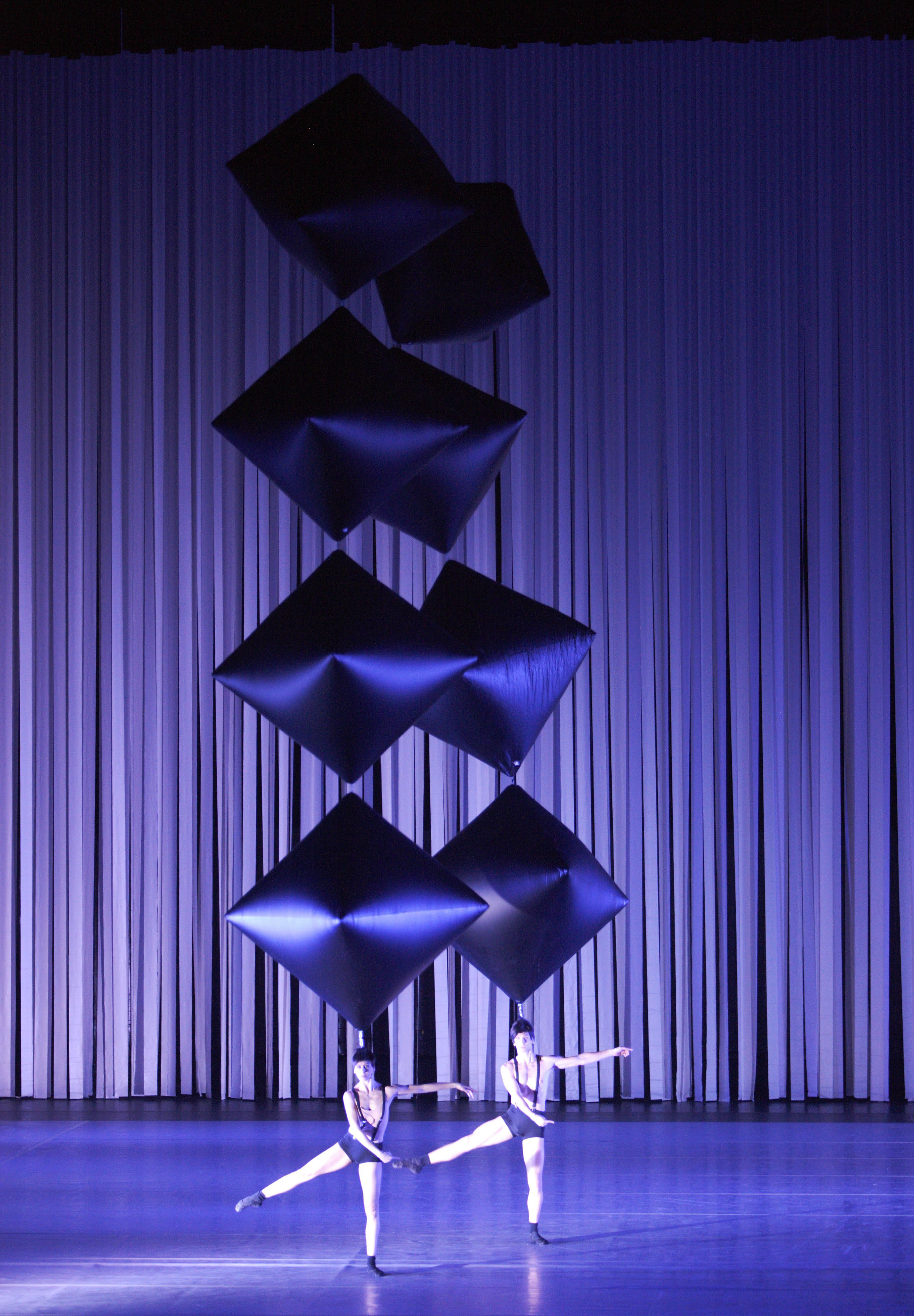 3159bcf34b rsys 36124 511f7a824e990 Ballet Zugvögel au Théâtre national de Munich : un spectacle total