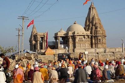 Découvrir l'Inde hindouiste : Les sâdhus, les saints errants en Inde 2