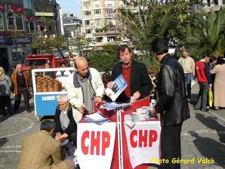 Candidats d'un parti à Kadikoy (2)