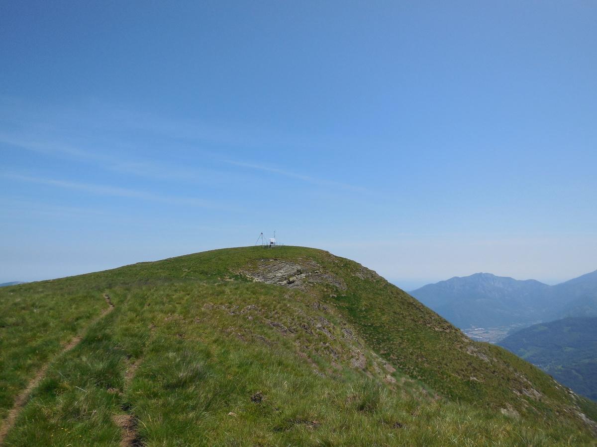 Le sommet d'Antenac (1990 m) depuis St Paul d'Oueil.