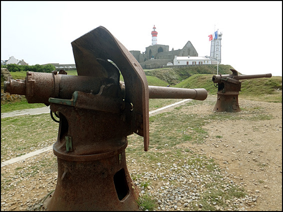 pointe saint mathieu canons