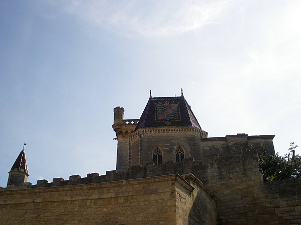 Uzès: premier Duché de France (Tourisme en France) 10