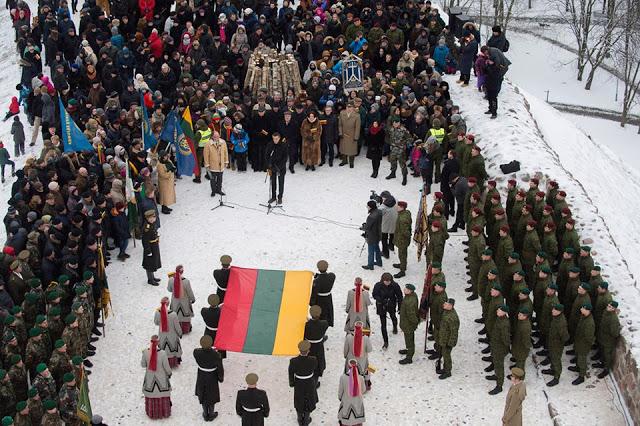 Histoire de Lituanie : Drapeaux et autres symboles 9