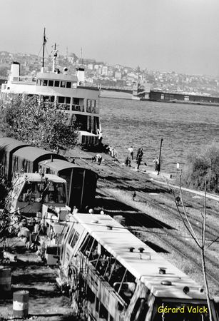 Istanbul noir et blanc gare sirkeci