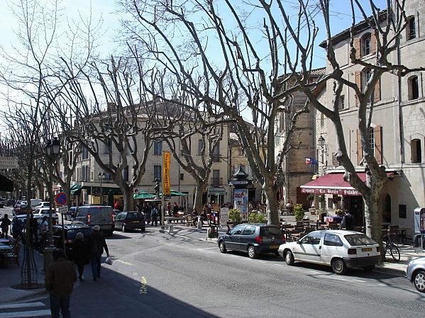 Uzès: premier Duché de France (Tourisme en France) 9