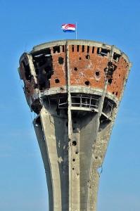 Vukovar chateau d'eau après la guerre