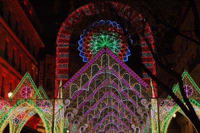 La Fête des Lumières de Lyon (8 décembre) : un événement incontournable 14