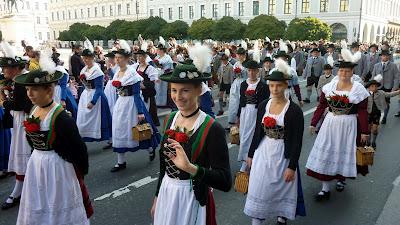oktoberfest 2012 fete de la biere munich defile folklorique