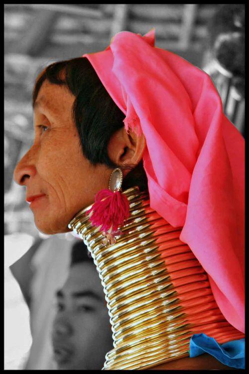 BLOG femme au long cou