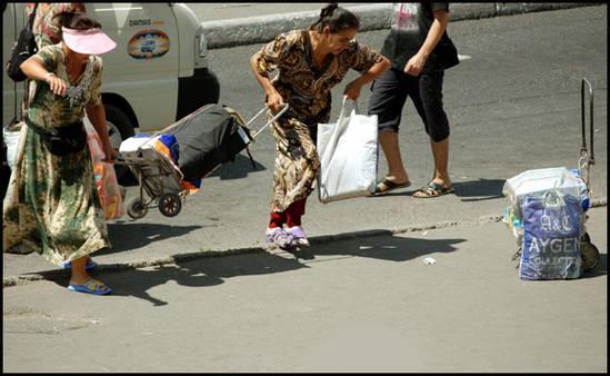 ouzbekistan-tachkent-menageres.1275414880.jpg