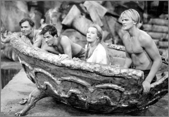 jules-verne-voyage-au-centre-de-la-terre-film-1959.1285148179.jpg