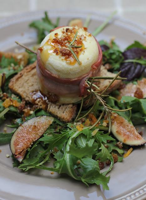 Salade au Chavignol farci aux fruits secs