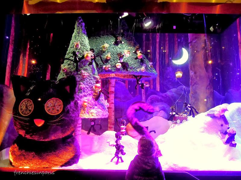 Vitrines de Noël à Paris : plongez dans l'ambiance de Noel en un instant 12