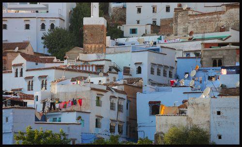 voyage maroc chefchaouen regarde les cornes dans le rif marocain. Black Bedroom Furniture Sets. Home Design Ideas
