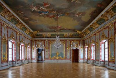 Début de la construction du château de Rundāle en Lettonie en 1736 4