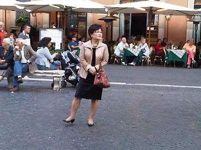 Guide Rome  - Piazza Navona, pêle-mêle du dimanche 9