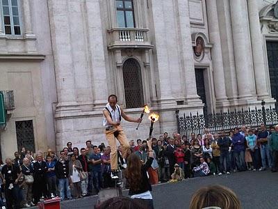 Guide Rome  - Piazza Navona, pêle-mêle du dimanche 11