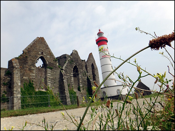 pointe saint mathieu phare