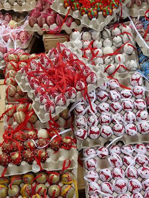 oeufs peints de paques marché vienne