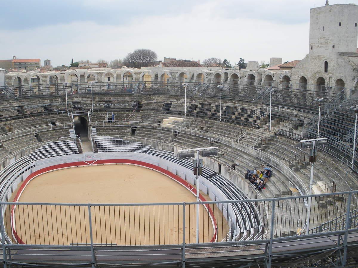 Arles ; ancienne colonie romaine au riche patrimoine historique en Provence 9