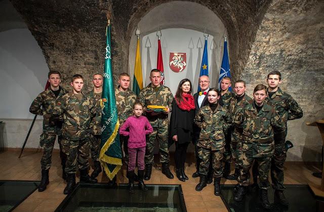 Histoire de Lituanie : Drapeaux et autres symboles 13