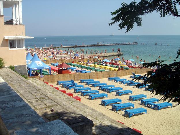 9a660b0a7b odessa plage sur la mer noire Odessa ; un lieu traditionnel de villégiature de lélite russe en Crimée (Tourisme Crimée)