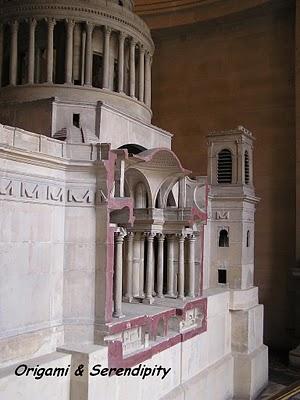 Une visite au Panthéon à Paris 12