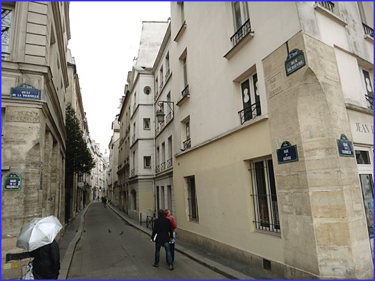 Paris rue de bievre mitterrand