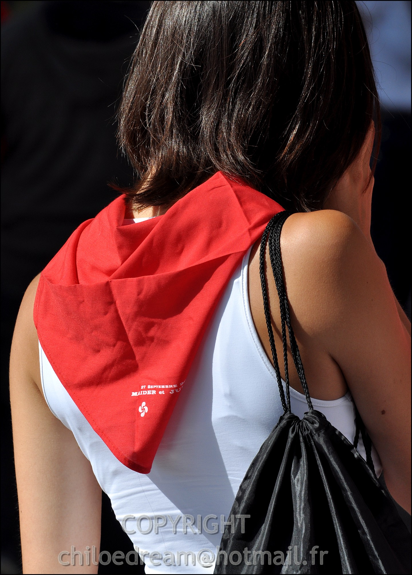 Voyage Pays Basque - Dax ; Corrida à cheval en rouge et blanc 5