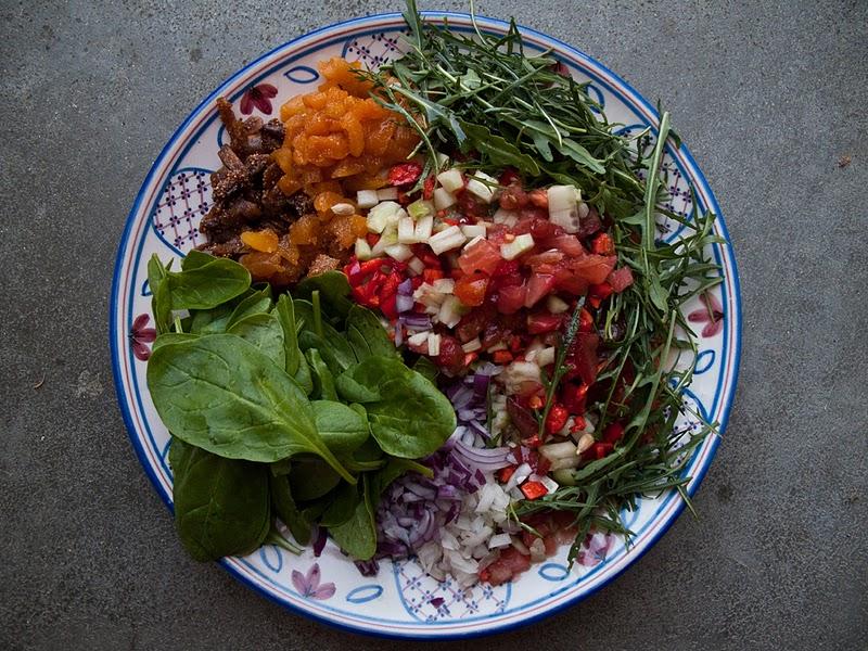 Salade anatolienne pleine de fra cheur et saveurs recette - Recettes de cuisine turque ...