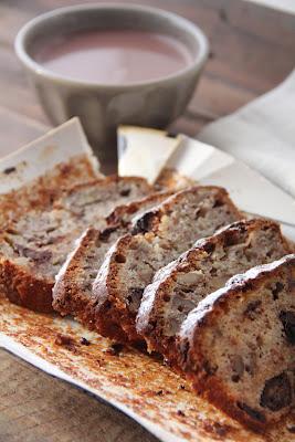 """""""Banana bread"""" bien moelleux aux noix et au chocolat 2"""