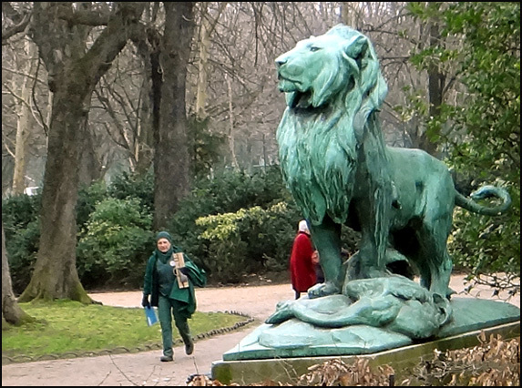 lion du luxembourg paris
