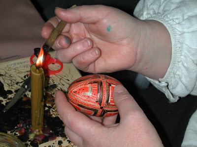 Pâques en Ukraine : L'art de la pyssanka; les œufs décorés artisanaux 6