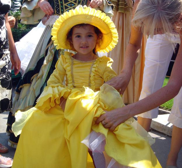 yalta fillette russe deguisee temps du tsar