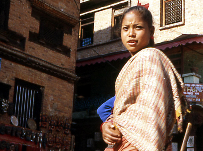 bhaktapur nepal fille nepal