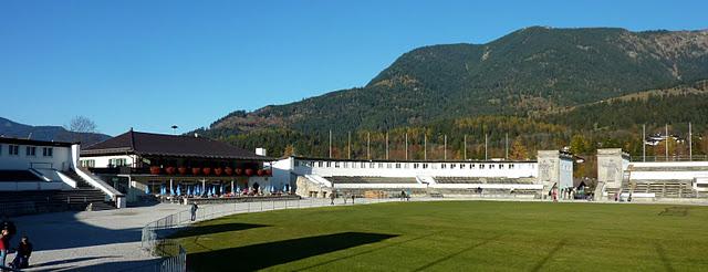 "Garmisch Partenkirchen : Grand tremplin olympique ""Große Olympiaschanze"" (Haute Baviere) 5"