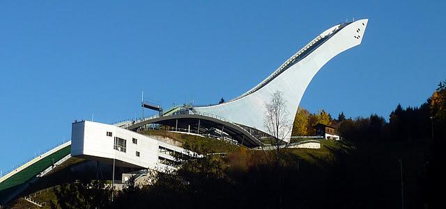 "Garmisch Partenkirchen : Grand tremplin olympique ""Große Olympiaschanze"" (Haute Baviere) 7"