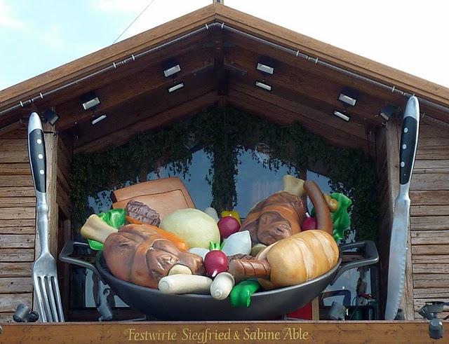 Oktoberfest de Munich : un kitsch de bande dessinée dans le ciel 9