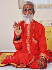 prahlad jani Un yogi a vécu 70 ans sans eau et sans nourriture