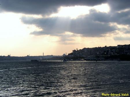 Coucher du soleil sur le Bosphore istanbul